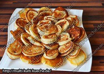 Aladiki, Oladji, Oladi Russische Pancakes - Einfache schnelle ...