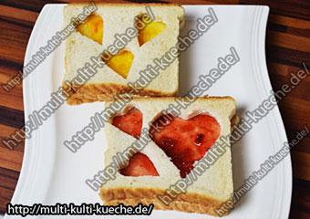 Brot mit Marmelade Herz