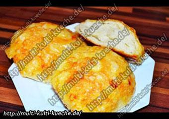 Käsebrötchen - Cheese Roll