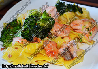 Lachs Nudelauflauf mit Brokkoli - Auflauf Lachs Brokkoli