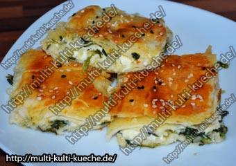 Schneller Spinat Schafskäse Börek