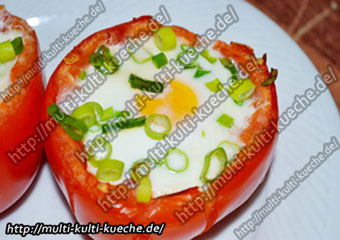 Tomaten mit Eier Füllung