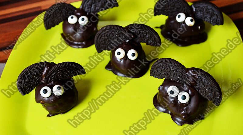 Windbeutel Fledermäuse - Halloween Rezepte